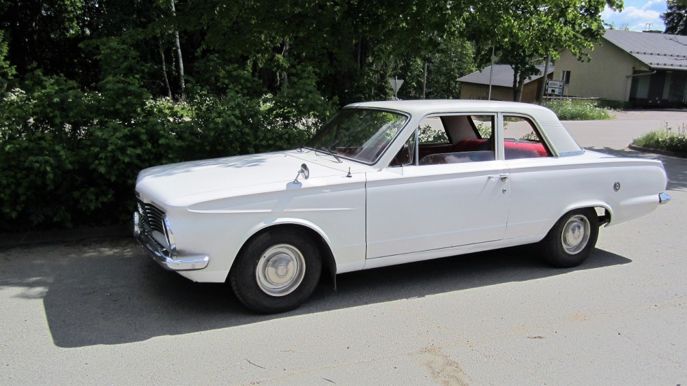 Plymouth_Valiant.jpg